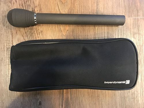 Beyer Dynamic M58 reporter microphone with zip bag