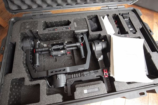 DJI Ronin - original model - Stabilized Handheld Gimbal Set inc Case.