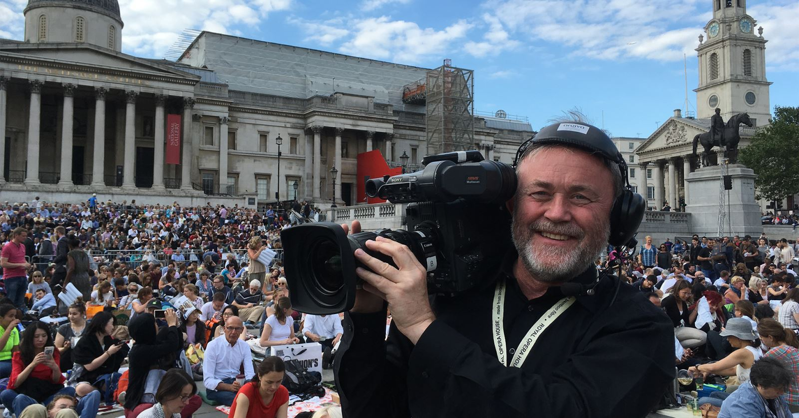 Past GTC Chairman Graeme McAlpine in Trafalgar Square for this week's Royal Opera House big screen relay of Il Trovatore