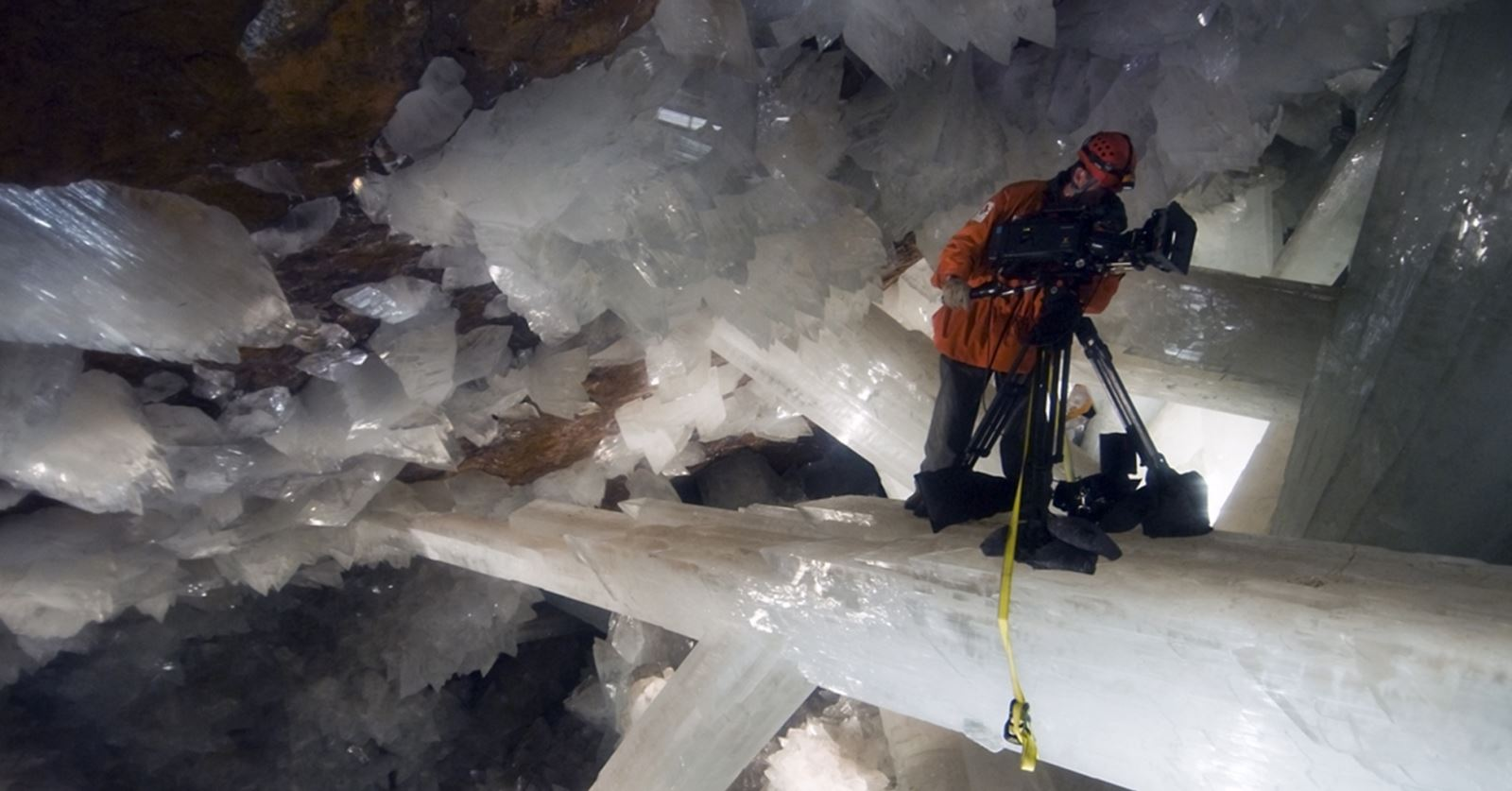 Welcome back to Paul D Stewart, who recently rejoined the GTC; here filming in the 'Cave of Swords', Naica, Mexico